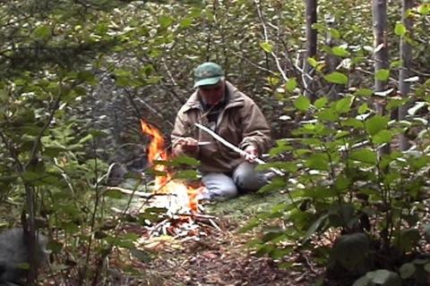 bâton à griller la viande