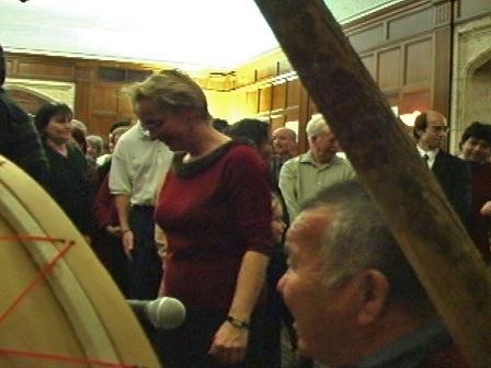 Danse traditionnelle dans les locaux de la Commission des droits de la personne