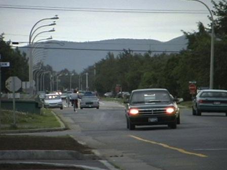 Le boulevard des Montagnais de la communauté de Uashat